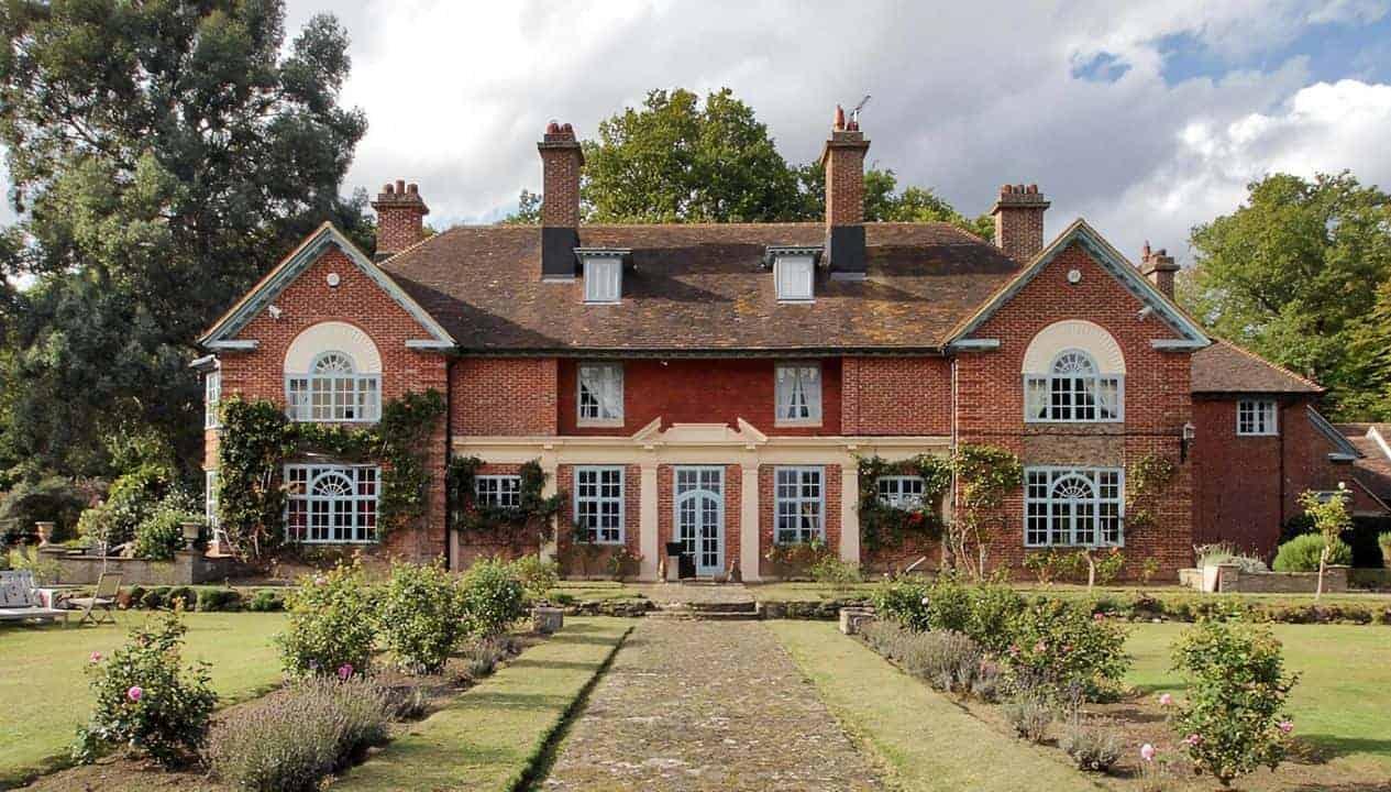 Sussex Manor