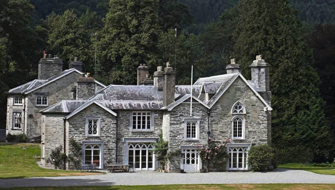 Crogen Estate