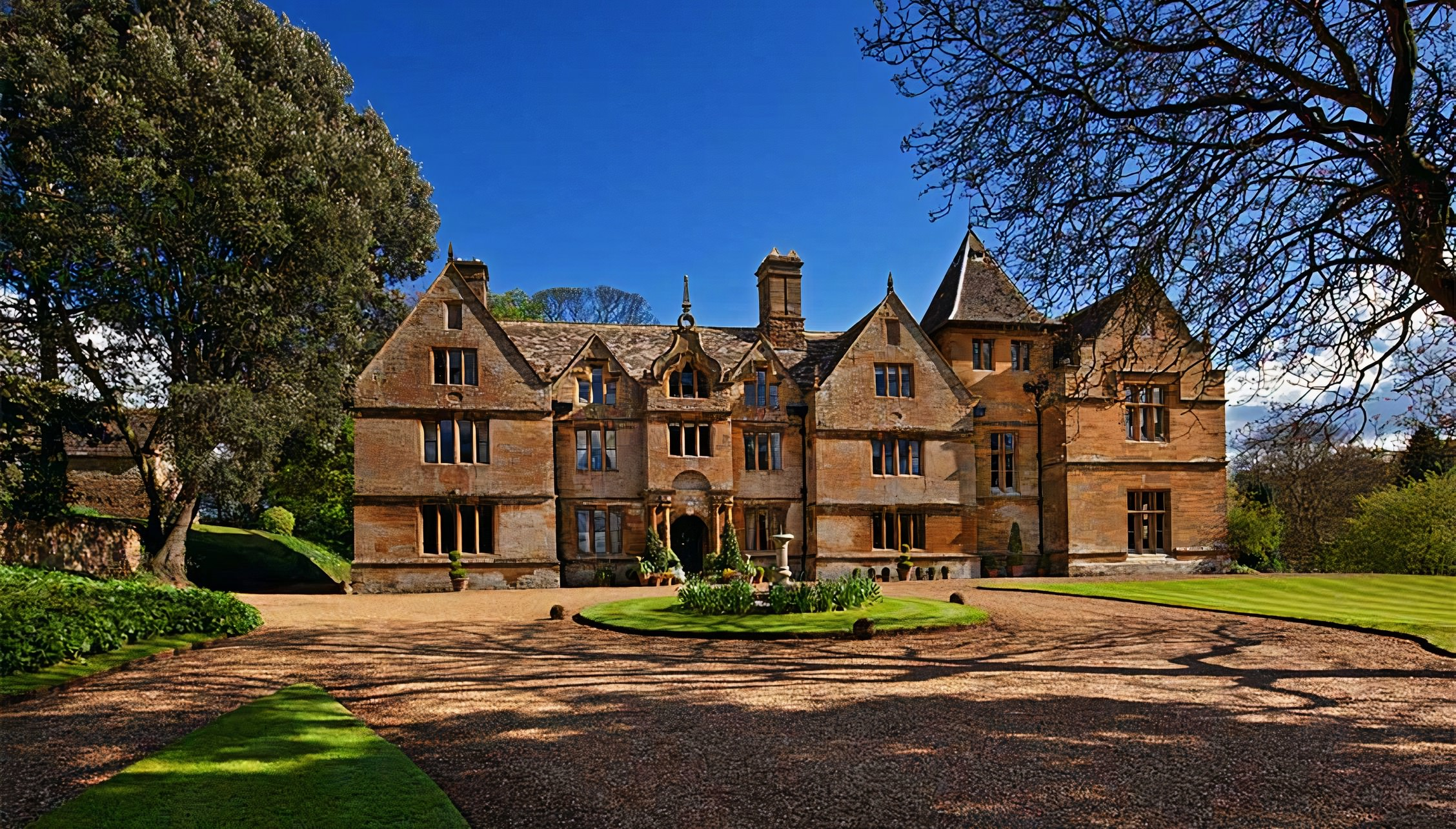 Stately home rental for weddings parties holidays uk for Ashby house
