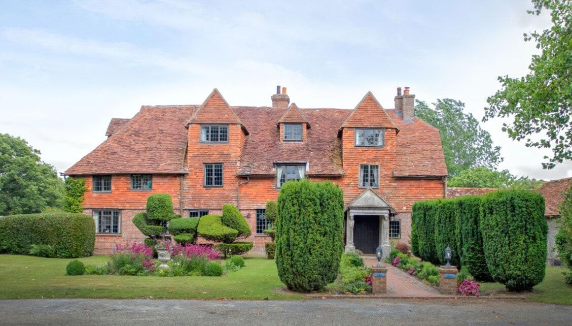 Pekes Manor Estate